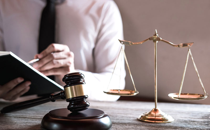 关于刑事自诉或代理收费