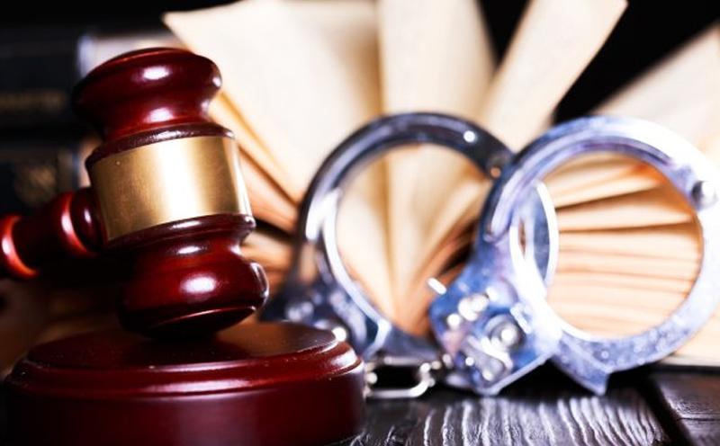本案中被告被指控涉嫌抢劫罪