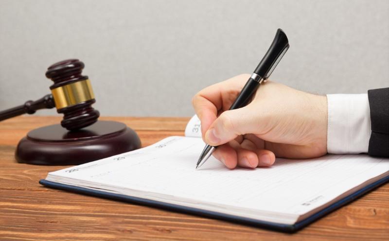 人民法院经过调查审理后,听取控辩双方的意见