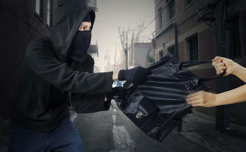 抢劫罪名成立,量刑会因为发生地点性质不同有所不同