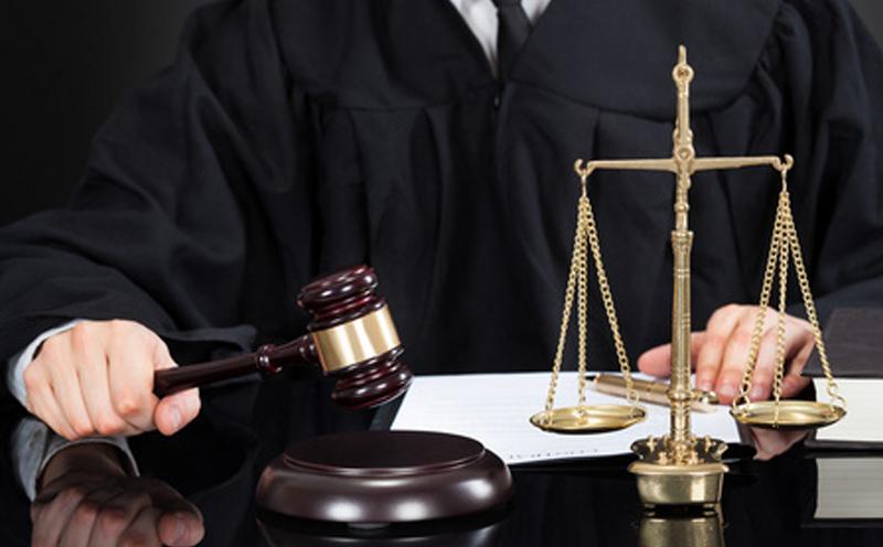 被告赖某是从犯,且认罪态度良好,积极赔偿受害人