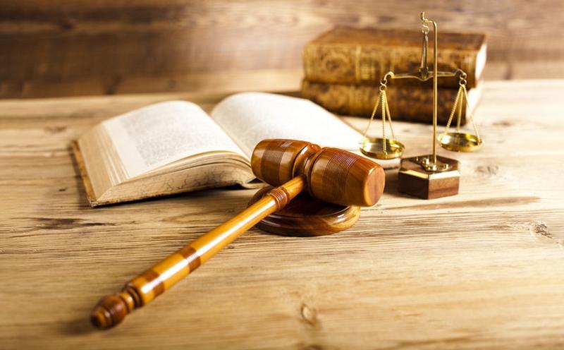 一审中的原、被告地位是固定的,有资格限制