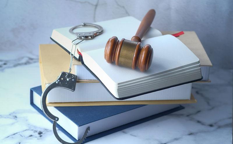 很多犯罪嫌疑人都没有认识到辩护律师的重要性