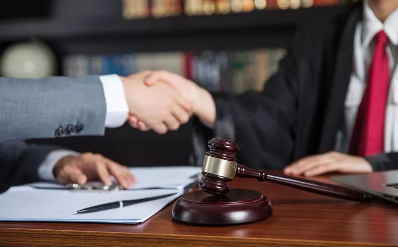 律师事务所提供其他法律服务的收费实行市场调节价