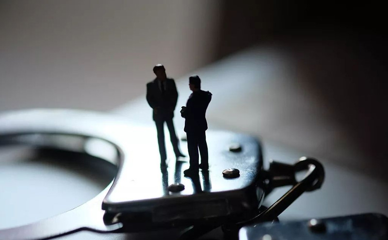 被告人林某某无视国家法律,明知是他人犯罪所得而代为销售