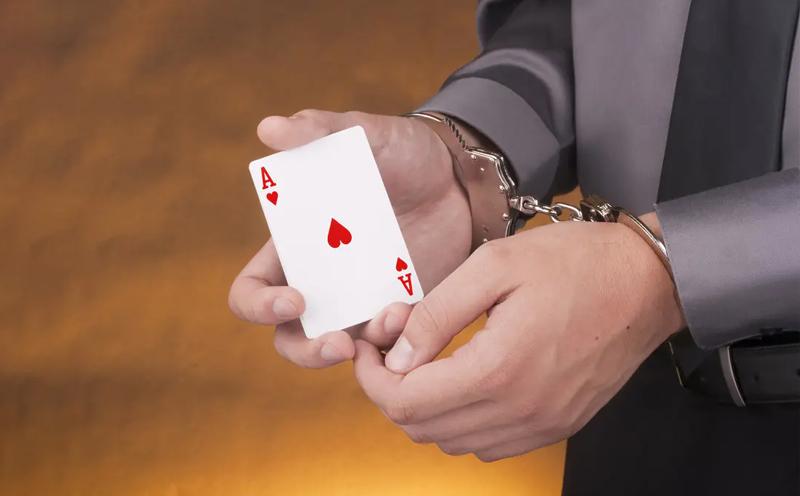因涉嫌犯开设赌场罪,被逮捕