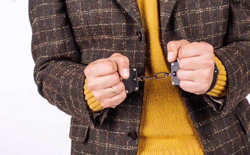 容留未成年人吸毒应酌情从重处罚
