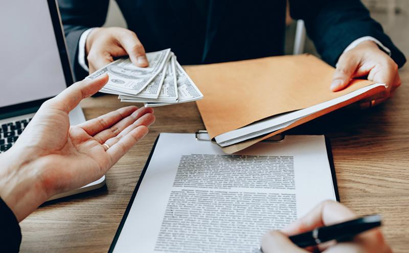 在签订、履行合同过程中骗取人财物构成合同诈