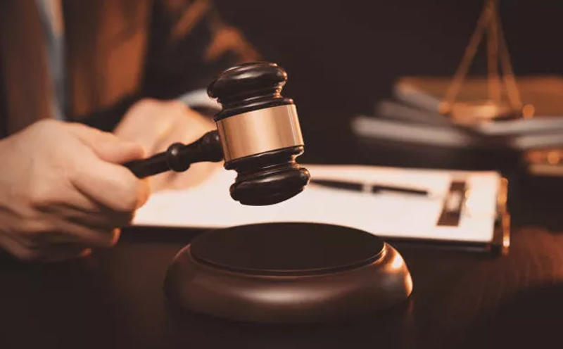 控诉方发表控诉意见后,辩护律师发表辩护意见